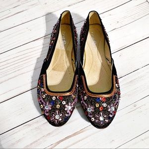 Tribeca by Kenneth Cole Flats. Size 7